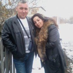 Милая пара ищет девушку для постоянных отношений в Кирове
